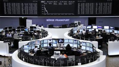 Българите държат само около 2% от финансовите си активи в акции. СНИМКА: РОЙТЕРС