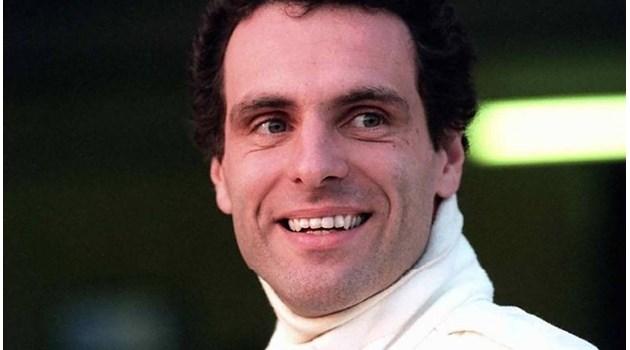 Какво уби Сена - мисълта за Шумахер или технически гаф на конструкторите?