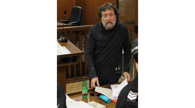 Банев отива на погребението на баща си, вече е в хасковския арест
