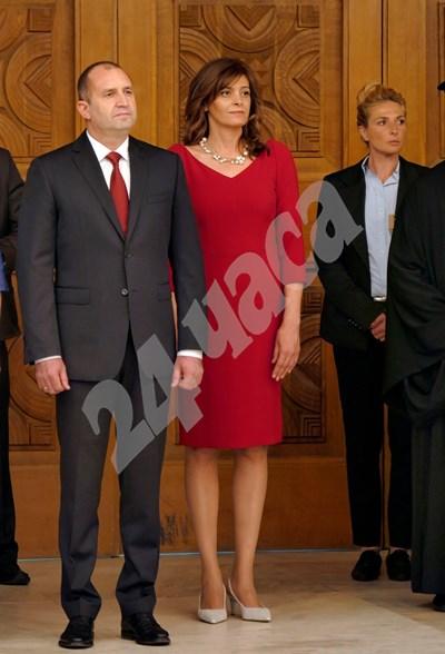 """24 май 2017 г. - Десислава и Румен Радеви по време на държавния прием за празника в резиденция """"Бояна"""". СНИМКА: 24 часа"""