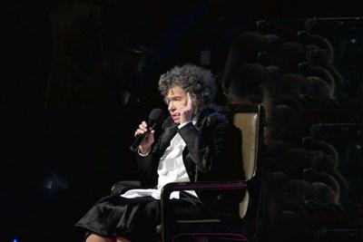 Стоянка Мутафова разказа любимата си история с Парцалев пред публиката. СНИМКА: Пиер Петров