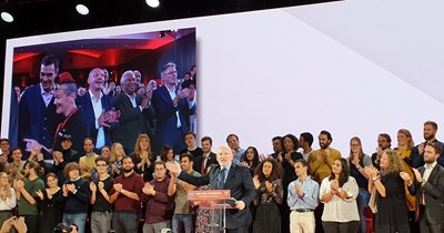 Кандидатът на ПЕС за президент на Еврокомисията Франс Тимерманс стартира кампанията си с емоционално слово пред конгреса на ПЕС в Лисабон СНИМКИ: Лиляна Клисурова