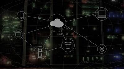 Компютърно изображение на обучението чрез облачните технологии. Снимка: Пиксабей