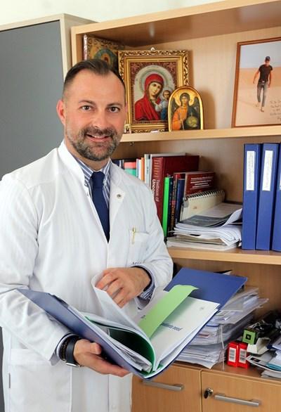 Д-р Желязко Арабаджиев СНИМКИ: РУМЯНА ТОНЕВА