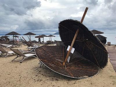 Проливните дъждове нанесоха много щети СНИМКИ: Ройтерс