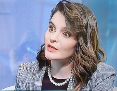Адвокат Мария Петрова: Доброволците не трябва да имат досег до пациентите