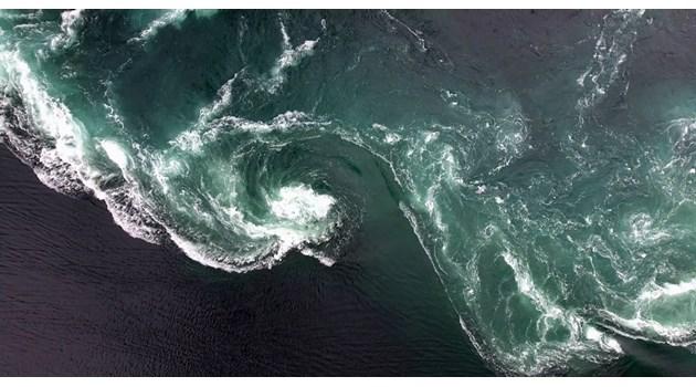 """""""Черните дупки"""" в океана"""