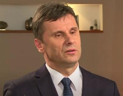 Премиерът на Мюсюлманско-хърватската федерация, едната съставна част на Босна и Херцеговина - Фадил Новалич КАДЪР: Youtube/ Al Jazeera Balkans