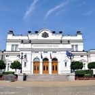 Парламентът удължи работното си време до окончателното приемане на промените в Закона за лечебните заведения
