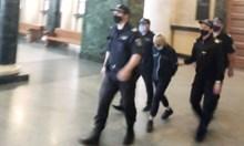 Съдът остави в ареста 60-годишната жена, обвинена, че е задушила болната си внучка