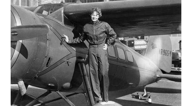 82-годишна мистерия: 6 опита да бъде разкрита тайната на Амелия Еърхарт