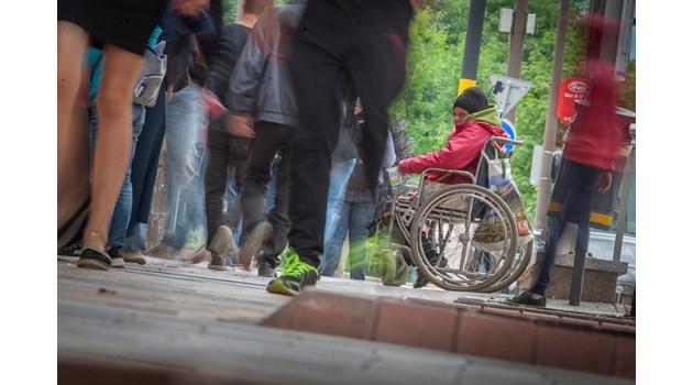 Дете с увреждане у нас получава 11 160 лв. за 1 г., в Белгия - 50 хил. лв.