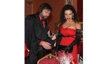 """Николай Банев и жена му арестувани в Ница, източили 10 млн. лв. само от скрап в """"Полимери"""" (ОБЗОР)"""