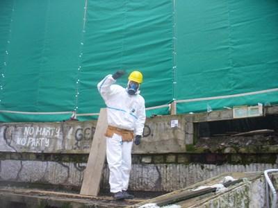 Защитени със специално покривало, мозайките и паната от вътрешния кръг в Чинията издържаха на зимата. Сега се търсят пари за защита на мозайките и от външния кръг.  СНИМКА: Ваньо Стоилов