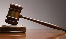 Пловдивчанка с избити зъби, иска закрила от съда срещу бияч