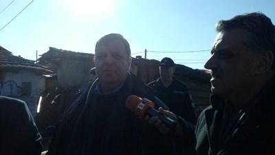 Красимир Каракачанов във Войводиново Снимка: Анелия Перчева