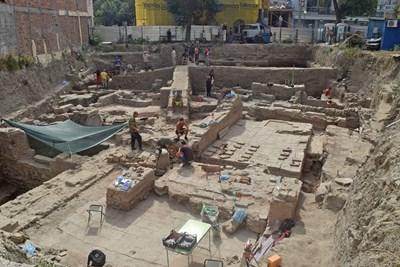 Най-ранните сгради на терена са от края на I век. Снимки: Авторът
