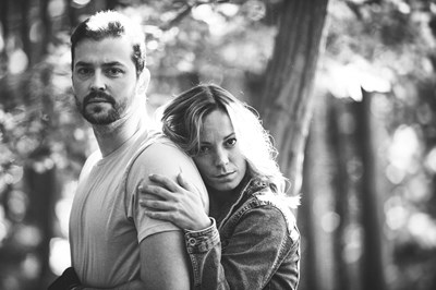 Силвия Петкова и Владимир Зомбори са семейство в сериала.