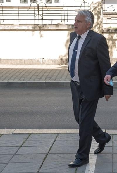 Бойко Рашков влезе в МВР миналата сряда и същия ден пенсионира двама души. СНИМКА: МВР