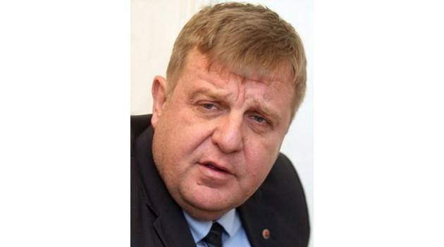 Каракачанов: Всичко съм си декларирал, медии от един кръг преднамерено атакуват