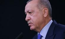 Ердоган информирал Тръмп, че не е възможно Анкара да се откаже от руските системи С-400