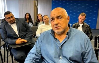 Бойко Борисов в централата на ГЕРБ Кадър: Фейсбук