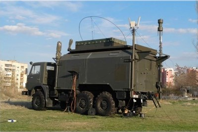 Това е камион, оборудван с техника, доставена от проверяваната фирма.
