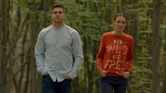 """Актрисата с колегата си Иво Аръков в кадър от сериала """"Скъпи наследници""""."""