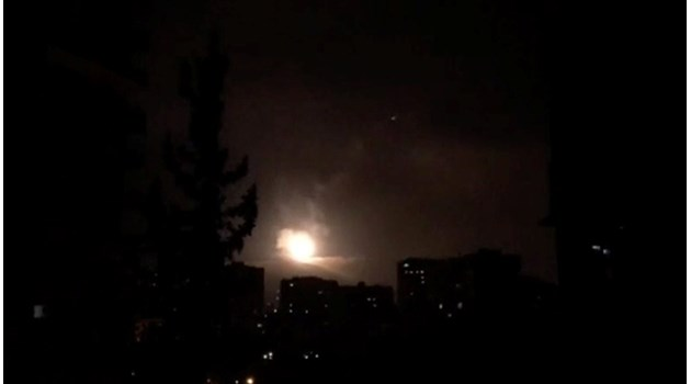 Министерството на отбраната на Русия: Ракетите, изстреляни по Сирия, са над 100
