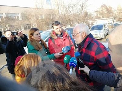 Емилиян Гебрев пред журналисти СНИМКА: 24 часа