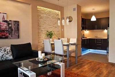 """В почти 100% от новите жилища през последните години кухнята е неразделна част от всекидневната и не съществува като самостоятелно помещение.  СНИМКА: """"24 ЧАСА"""""""