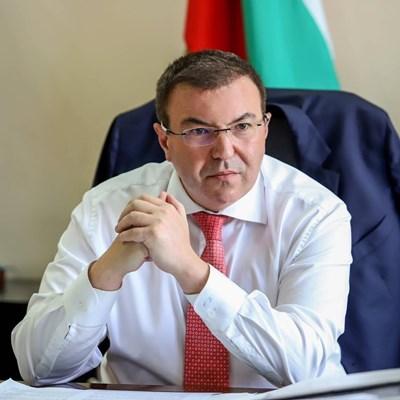Здравният министър Костадин Ангелов СНИМКА: Фейсбук