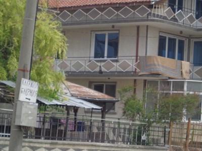 Палат на ромски барон в Игнатиево
