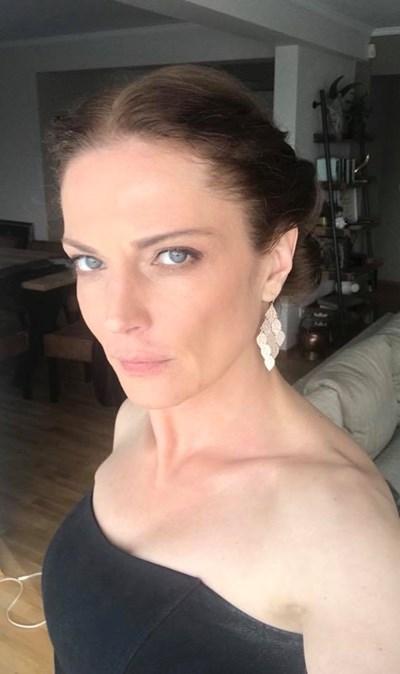 ТЕОДОРА ДУХОВНИКОВА. Снимка: Личен профил във фейсбук на актрисата