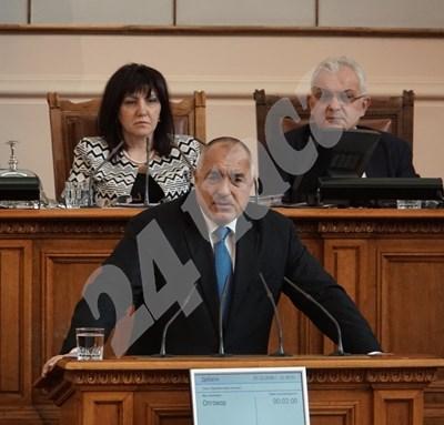Бойко Борисов в Народното събрание СНИМКИ: Десислава Кулелиева СНИМКА: 24 часа