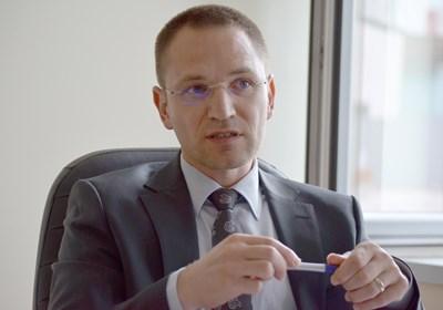 Преди да пусне Полфрийман, Калпакчиев върна делото срещу Костин отначало