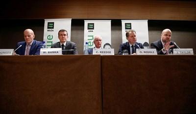 Ръководството на WADA начело с президента си сър Крейг Рийди дава пресконференция по повод отстраняването на Русия от спорта за четири години. СНИМКА: РОЙТЕРС