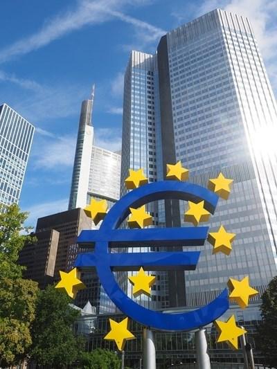 ЕЦБ поиска от банките от еврозоната да не изплащат дивиденти и да не купуват собствени акции поне до октомври СНИМКА: Pixabay
