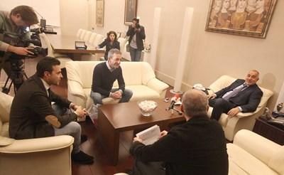 Слави Ангелов, Иван Димов и Бойко Борисов (от ляво на дясно) по време на срещата.