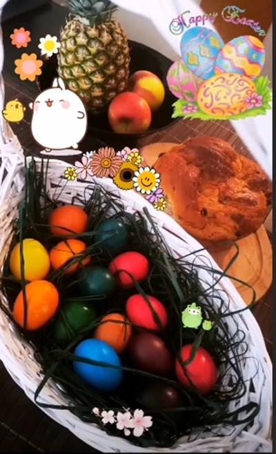 Мария Илиева публикува традиционно боядисани едноцветни яйца Снимки: Инстаграм