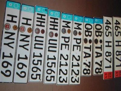 С тези чужди регистрационни табели автокрадците препродавали плячката си.