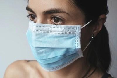 Вече има всякакви маски по аптеките