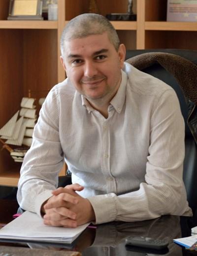 Кметът на община Аврен: Емануил Манолов