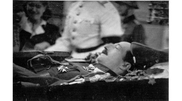 А ако цар Борис се е самоубил заради безизходицата?