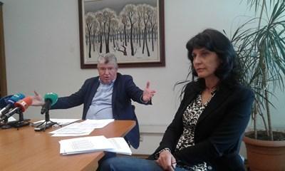 Изпълнителният директор на НЕК Петър Илиев пита откъде работодателите знаят какви количества електроенергия е предложила НЕК на борсата.