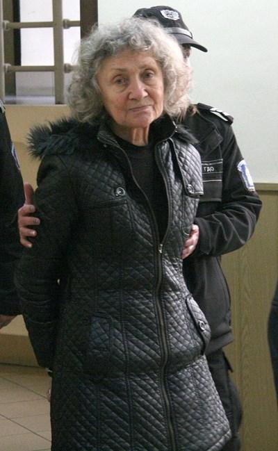 Веска Хаджиева запази самообладание в съдебната зала през януари, но трепереше през цялото време. СНИМКА: Евгени Цветков