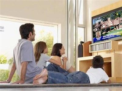 С програмите в HD формат вече цялото семейство може да се чувства като на кино, дори и да е в хола вкъщи. СНИМКИ: РОЙТЕРС И АРХИВ