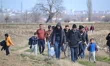 По границата с Турция е спокойно, но бежанците вече потеглят от Истанбул и Ескишехир