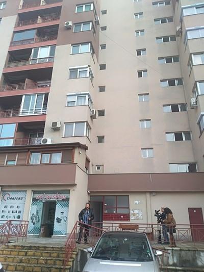 """Убийството е станало в този блок в жилищен квартал """"Тракия"""" СНИМКА: Анелия Перчева"""