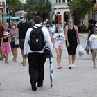 """Флорида е дом на морски курорти и тематични паркове, включително """"Дисни уърлд"""", който отново отвори врати вчера Снимка: Ройтерс"""